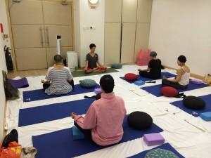 Yoga Community 5