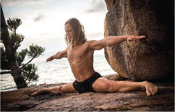 2016June_YogaFeature-02